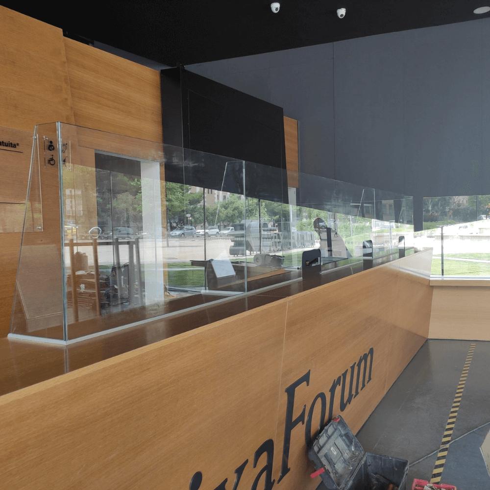 mamparas mostrador vidrio a medida 1 Femonsa.Shop